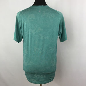 lululemon athletica Shirts - Lululemon Mens Shirt Green Crew Neck Short Sleeve